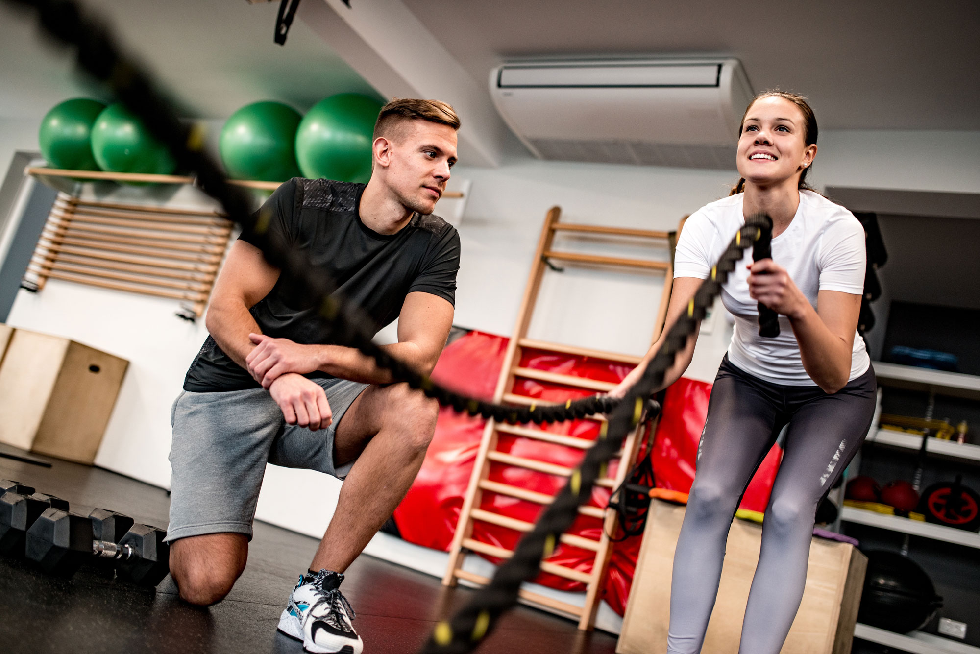 on-to-one fitness sessions with a personal trainer